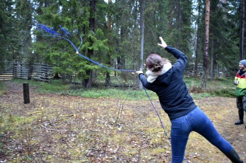 Me trying to catcha tree trunk with a lasso